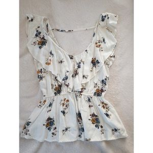Abercrombie & Fitch Low Cut Ruffled Top